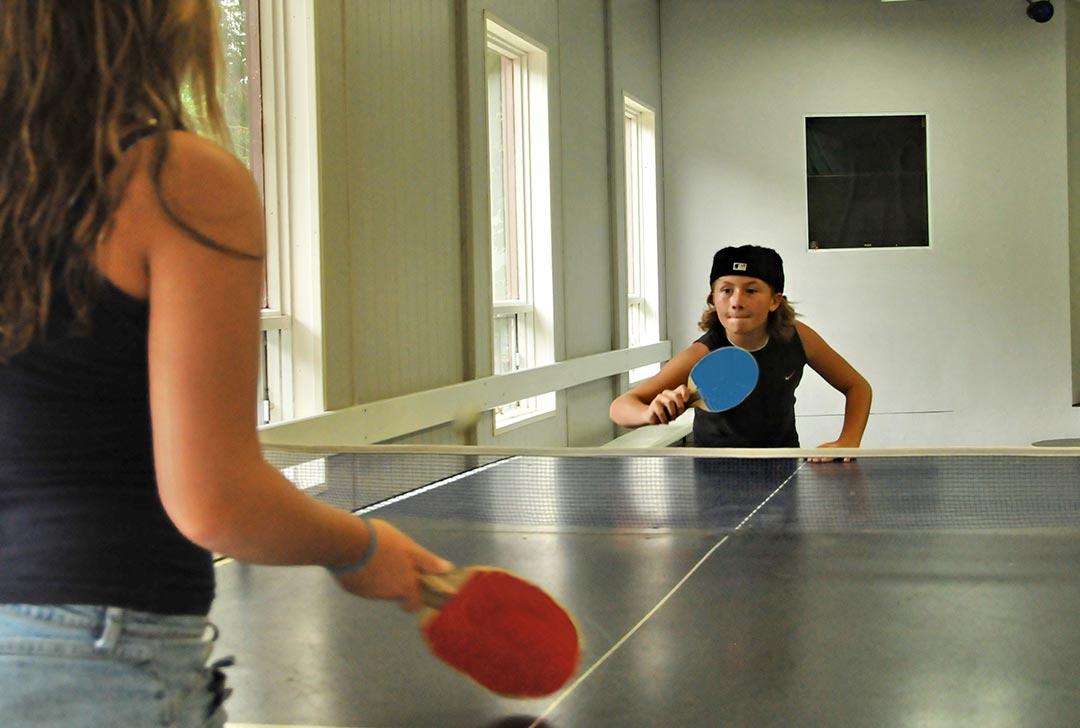 Camping Union Chute aux Iroquois activités intérieures, ping pong