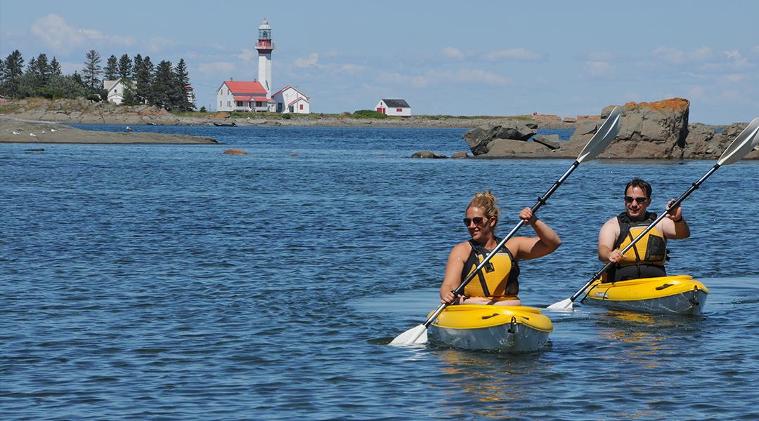 Domaine-Annie-sur-mer offre la location de Kayak en Gaspésie
